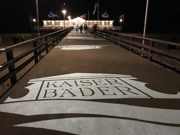 Ahlbecker Seebrücke in der Nacht