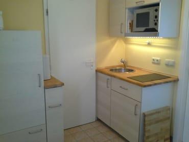 kleine Kochgelegenheit - Kühlschr., Seranfeld, Mikrowelle