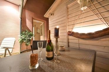 eigene Terrasse zum Sonne tanken und abendlichen Grillen
