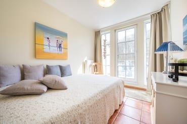 Schlafzimmer Französisches Bett 2