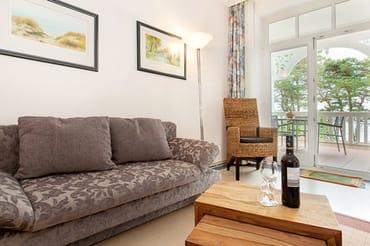 Auf der Couch kann für 1 Person aufgebettet werden.