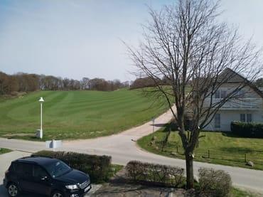 Blick vom Essbereich zum Lotsenberg