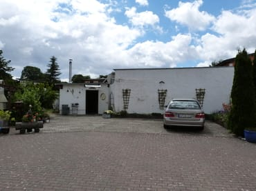 Parkplätze im Innenhof 2
