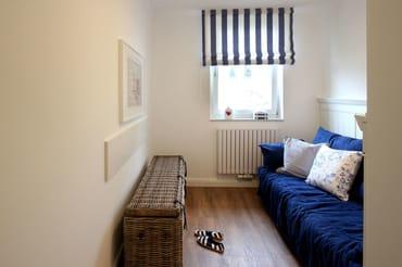 Schlafzimmer mit Schlafcouch (1,40 m x 1,90 m )