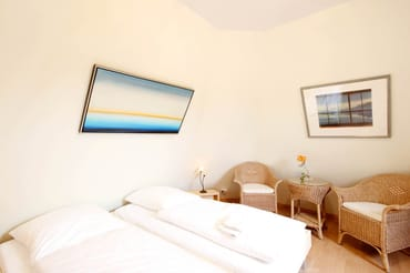 2. Schlafzimmer im OG. (Bild 2)