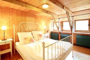 2. der insgesamt 5 Schlafzimmer