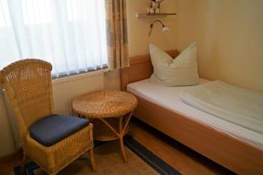 Zweites Schlafzimmer für Erwachsene und Kinder gleichermaßen gut geeignet