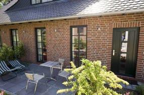Eingangstür zum Apartment mit eigener Terrasse