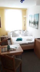 Zimmer mit Doppelliege 1,40 m breit