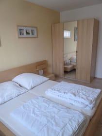 Schlafzimmer mit Doppelstockbett