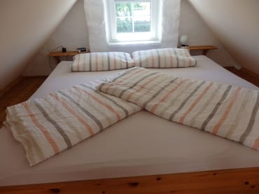 Doppelbett (2,10 m breit)