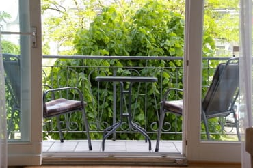 Ein Blick auf den Balkon.