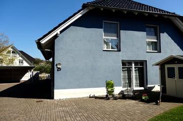 die Frontansicht Ihrer Doppelhaushälfte 58RB3-Haus Happich