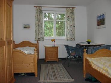 Schlafzimmer 2 (16 qm)