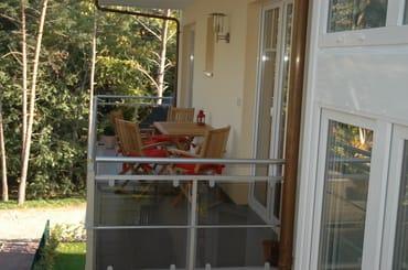 ...der große Balkon am Morgen, hier haben Sie später die wärmende Abendsonne