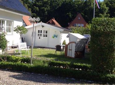Ansicht Haus und Sauna