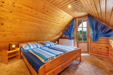 Schlafzimmer 1 hat keine Zimmertür.