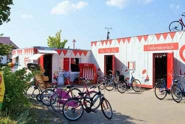 Fahrräder sind in der Rezeption zu leihen