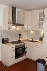 die neue Einbauküche in der B 04 - Geschirrspüler, Ceranfeld, Backofen, Gefrierfach...