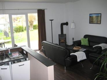 Fewo Catrin Wohnzimmer mit Kamin