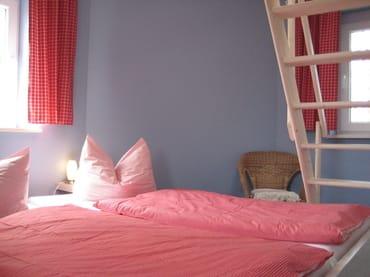 Schlafzimmer im Leuchtturm