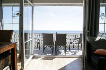 Phantastischer Meeblick (Balkon vor dem Wohnzimmer)