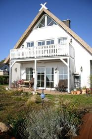 Ferienwohnung 1 im EG mit Terrasse und großem Gartenbereich