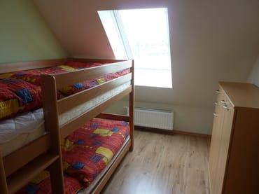Schlafzimmer mit Hochbett