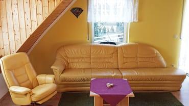 Wohnzimmer - Couch mit Sessel