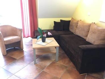 gemütliche Couch mit Schlaffunktion für 2 Personen