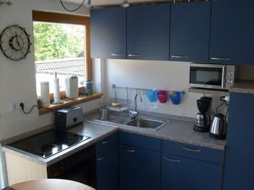 Küche mit Ausgang zur Terrasse