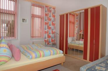 Schlafzimmer mit Liege