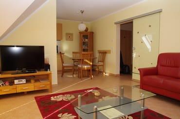Wohnzimmer Sicht von der Couch aus