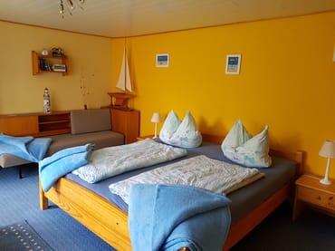 Schlaf- und Wohnzimmer
