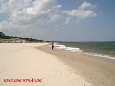 Strandspaziergang zu jeder Jahreszeit  auf  feinsandigen kilometerlangen Strand