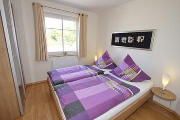 Elternschlafzimmer  ( Matratzengröße 90 x 200 )
