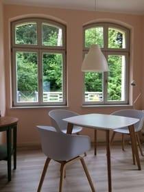 Esstisch mit 3-4 Plätzen in der Veranda