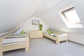 Schlafzimmer im Spitzboden