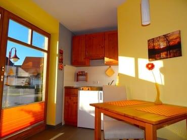 Die Wohnung ist sehr hell und Sie genießen hier die Abendsonne.