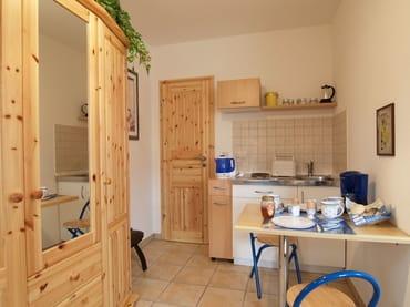 Miniküche mit Sitzecke