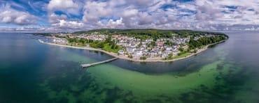 Sassnitz liegt idyllisch zwischen Ostsee und Nationalpark.