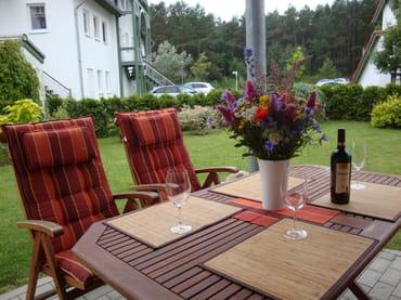 Blick auf die Ferienwohnung im Erdgeschoß mit Terrasse