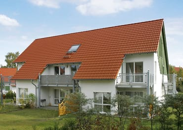 Gartenansicht ( unsere Wohnung finden Sie rechts oben ! )