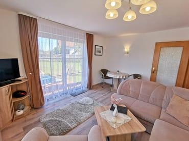 Wohnzimmer TV und WLAN