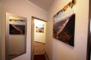 Flur mit preisgekrönten Fotos von Koserow