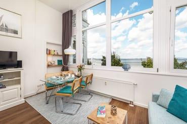 Die Wohnung wurde 2019 für Sie saniert und neu möbliert.