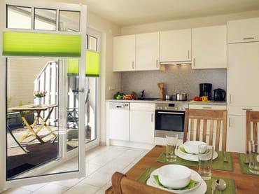 moderne Küchenzeile, Zugang zur Terrasse