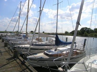 Im  Natur-Hafen Krummin (er hat ca.140 Liegeplätze)