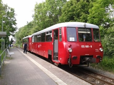 Auch mit der Bahn kommen Sie gut nach Lauterbach - hier im historischen Hafen-Express