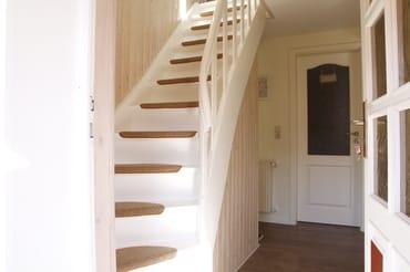 """die Treppe hinauf in die """"Schlafgemächer"""""""